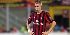 Bek Milan Cedera ACL Parah, Inter Turut Bersimpati
