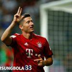 Lewandowski Bungkam Kritik Lewat Hat-trick