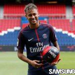 Neymar: Saya Tak Akan Pergi dari PSG