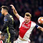 Alami Cedera, Frenkie de Jong Diragukan Turun Hadapi Juventus